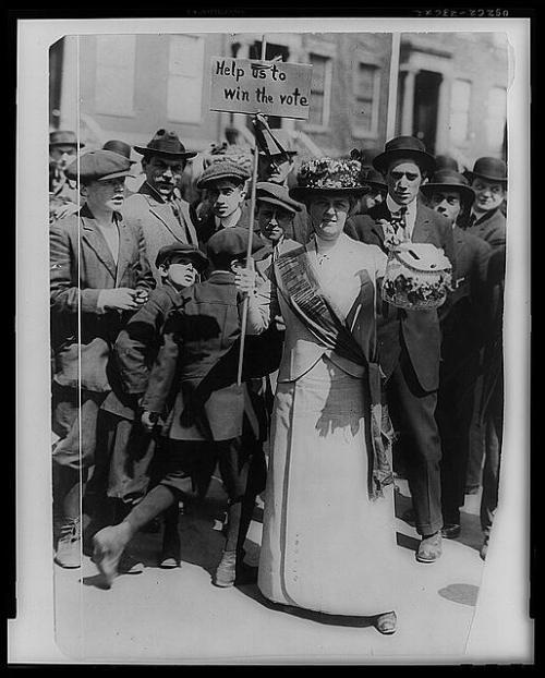 1914 suffragist