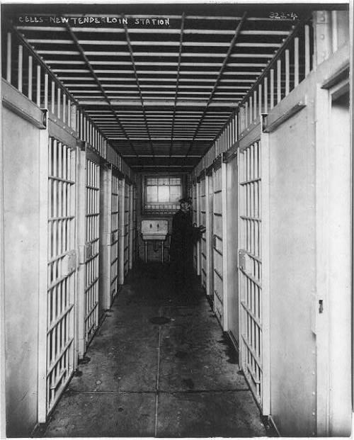 cops jail 1908