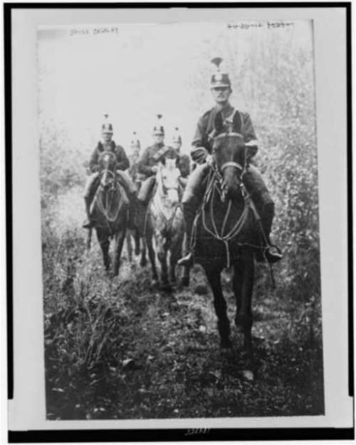 swiss cavalry patrolling 1917
