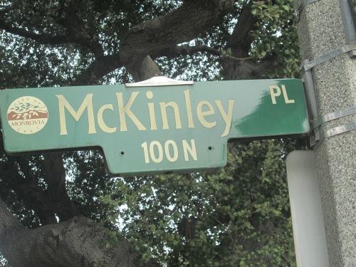 alley walking 13 039