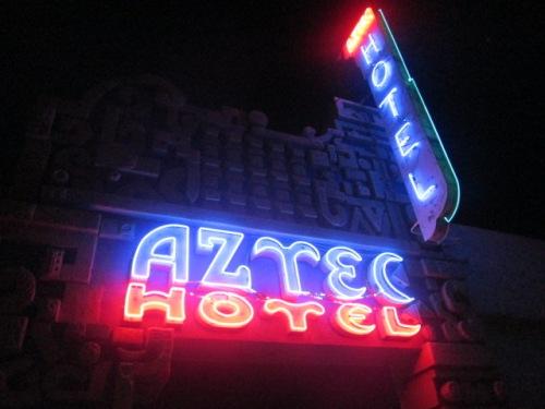 Aztec Hotel 008
