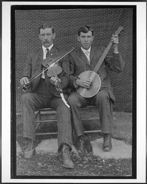 fiddler and banjo player