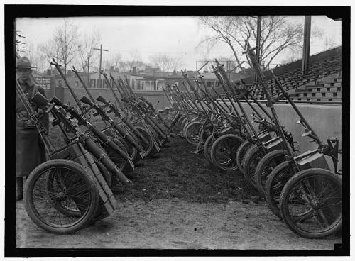 Machinw gun lined up Marine corps WWI