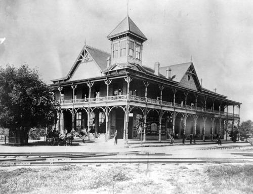 arcadia oakwood hotel