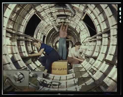 B-17 women workers