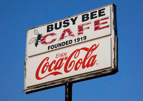 cafe busy bee