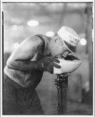 drinking fountain 1920 worker