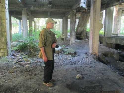 Marchin in ruins