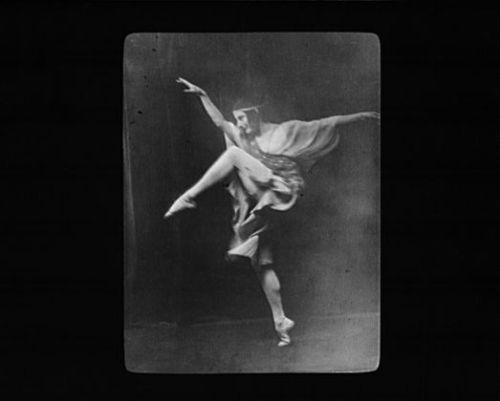 dancer-anna-pavlova