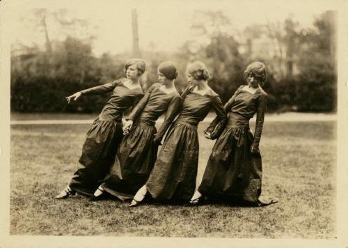 4-girls-standing