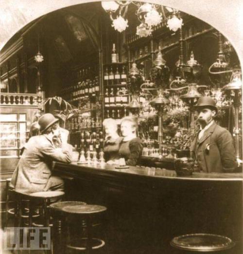 bar-old-1900