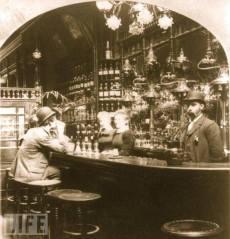 bar old 1900