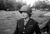 woman WWII woman soldiER