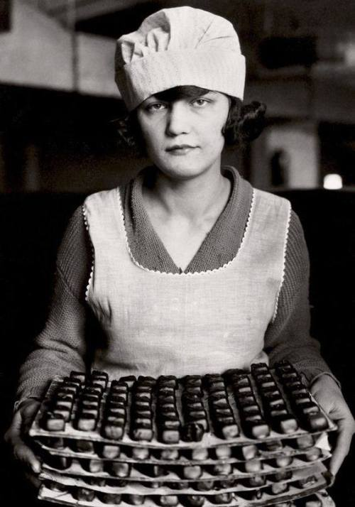 candy worker 1925