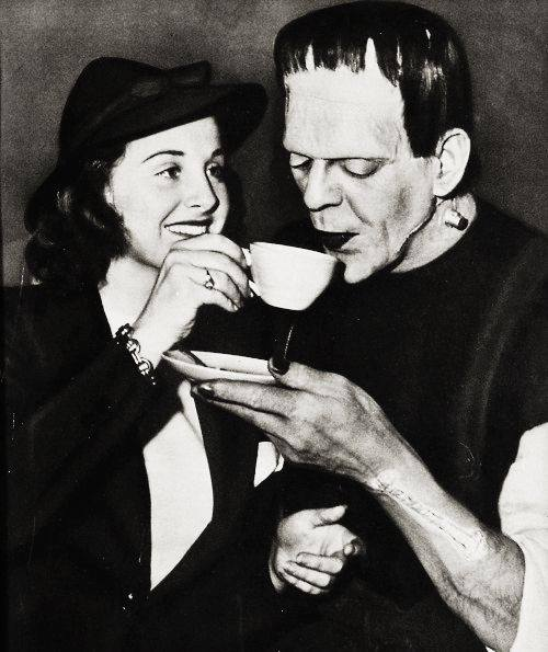 FRANKENSTEIN DRINKING TEA