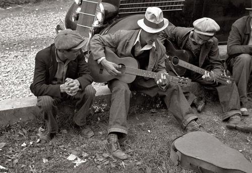 guitar player 1934
