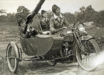 woman machine gun squad NY 1913