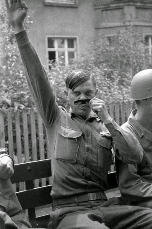 us soldier mocks hitler