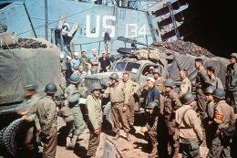 WW II soldiers utah beach