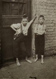 london street children, 1900s (25)